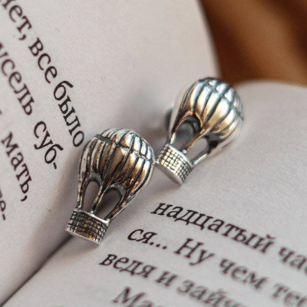 Aerostat earrings Oringo